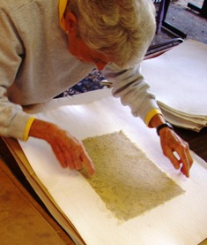 workshops/FallPapermaking019.JPG